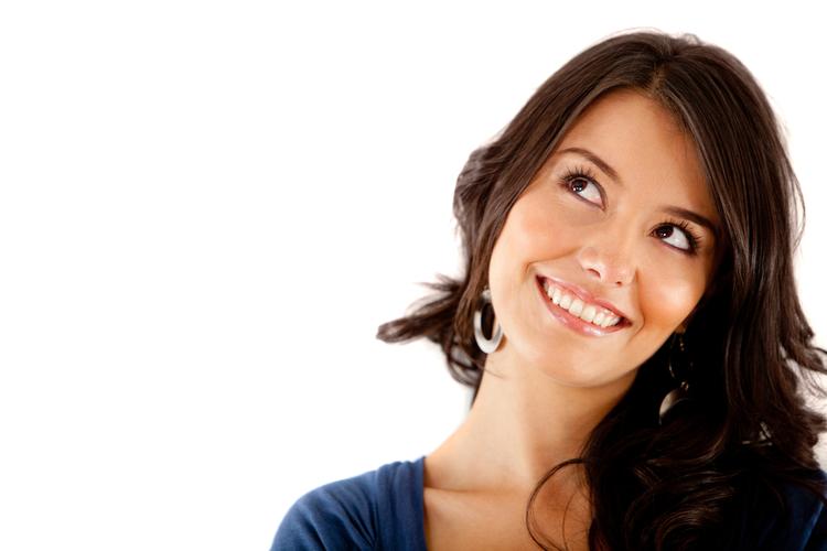 未経験から美容部員になれるのは何歳まで?いつまで働ける?年齢にまつわる疑問にお答え!