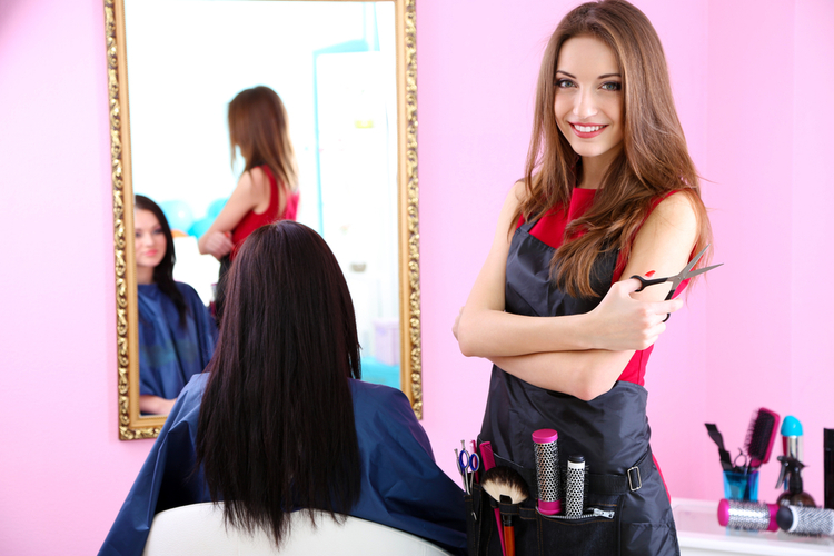 おしゃれな美容師は好感度抜群?ファッションやトレンドのおさえ方